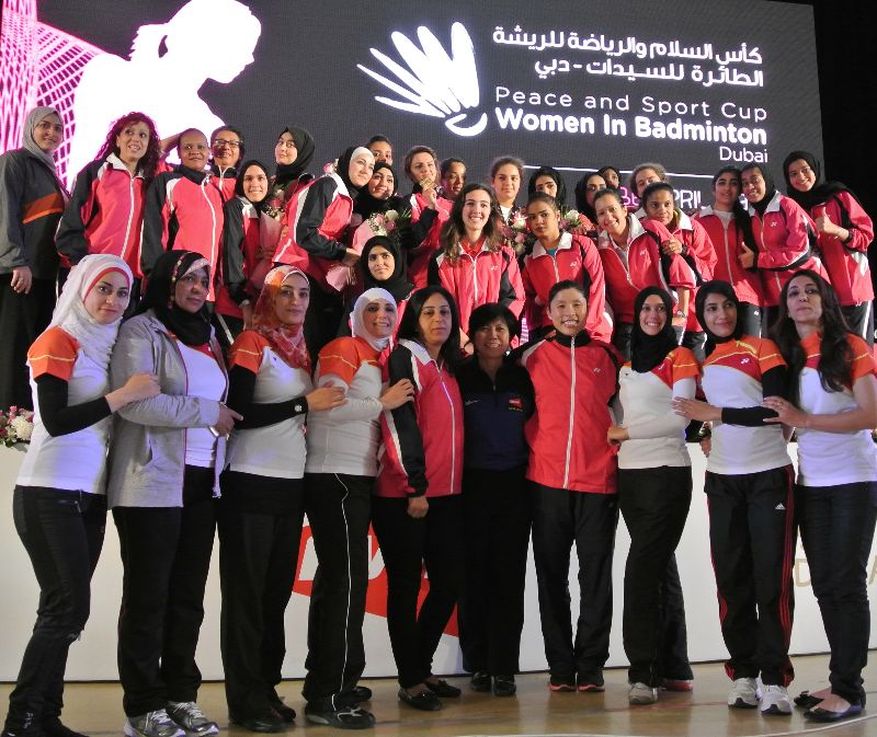 Thumbs-up for Peace and Sport Cup