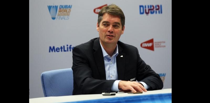 Høyer Praises Badminton Development in Dubai