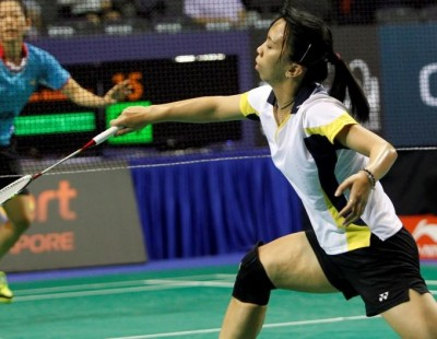 Young Mainaky Makes Mark – Day 1: OUE Singapore Open 2016