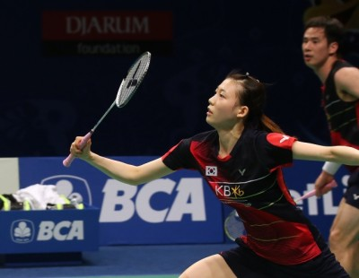 Wang Yihan Sniffs Superseries Glory – Day 6: BCA Indonesia Open 2016