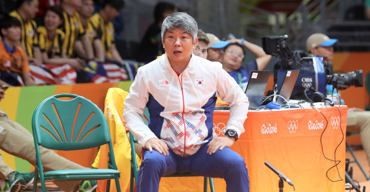 History Made as China Signs Up Korean Coaches