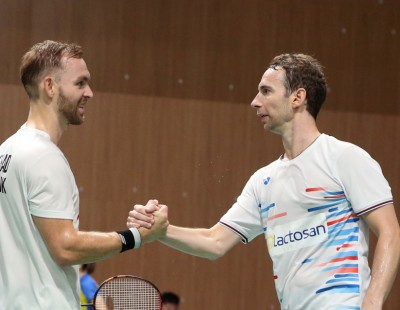 'Give Each Other a Smile - the Badminton is Better'