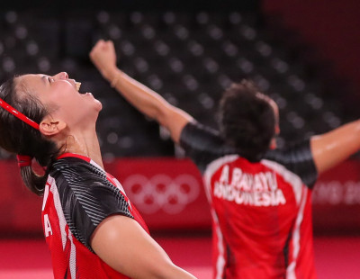 Olympic Redemption after Personal Tragedy for Greysia Polii