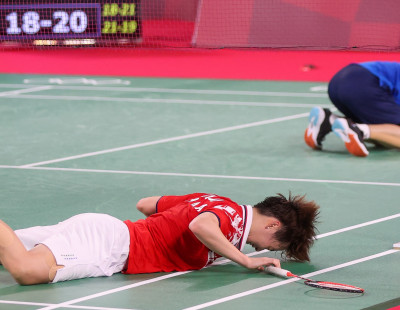 Chen Reclaims Crown for China